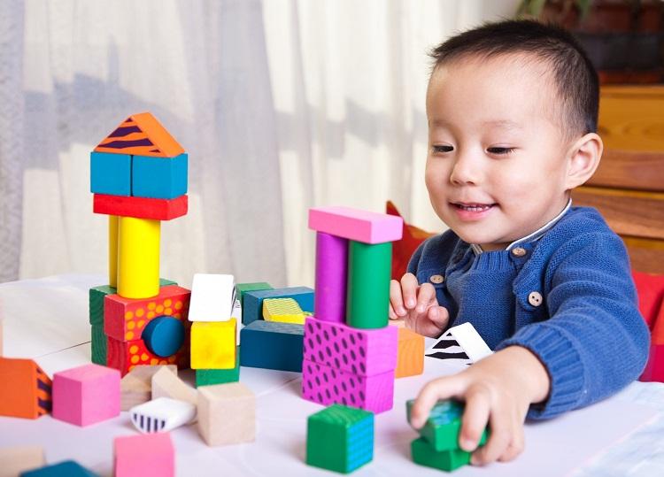 12 trò chơi kích thích trí não dành cho bé 2 – 4 tuổi
